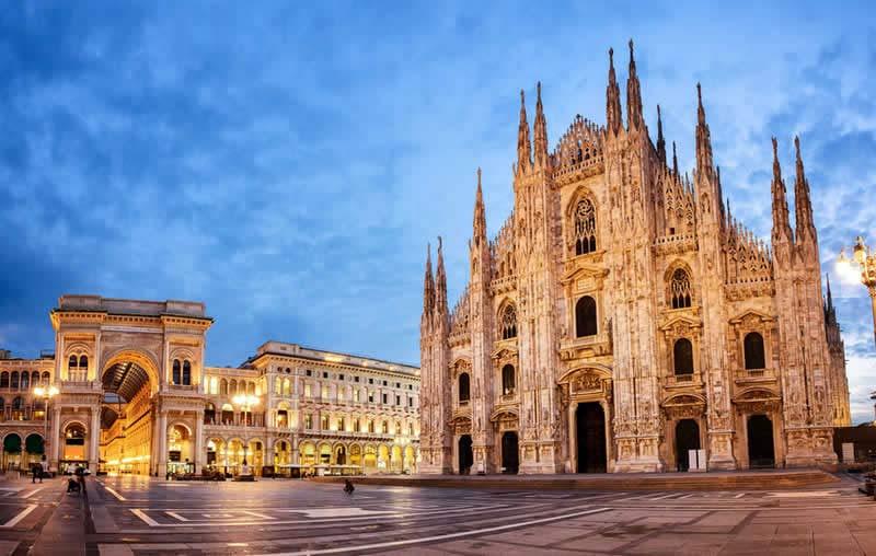 Itm-37-2-Piazza-del-Duomo
