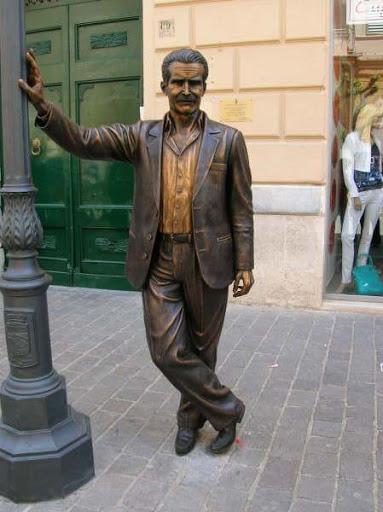 Estatua-Montalbano