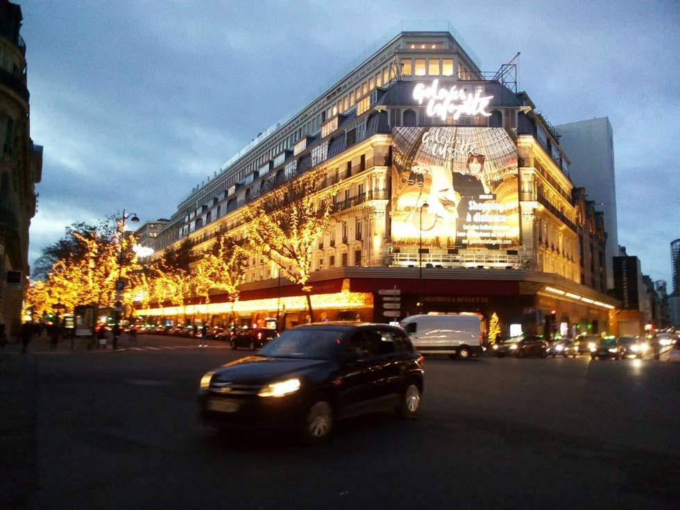 ItM-37-D15-Paris-Galerias-Lafayette